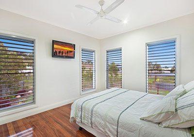 Bushland Beach Residence, Ocean Breezes, Australia