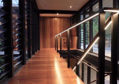 Breezway_louvres_on_adjacent_walls_allow_maximum_ventilation